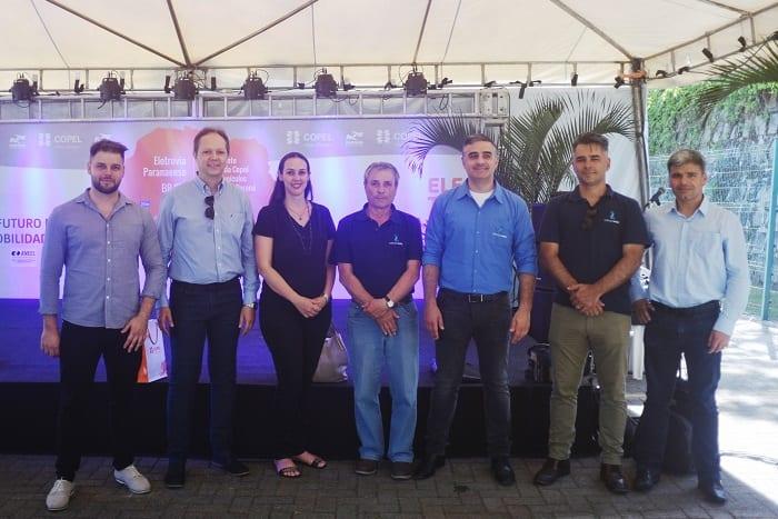 Equipe do Lactec na inauguração da eletrovia da Copel