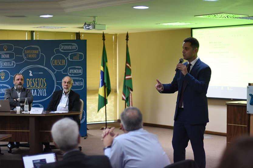 Presidente do Lactec, Luiz Fernando Vianna dá boas vindas aos participantes