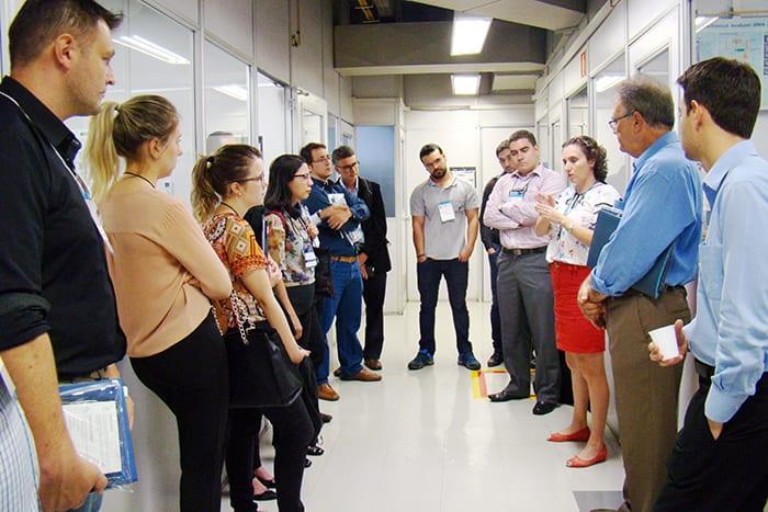 Marilda Munaro fala sobre os serviços e ensaios realizados pelo Laboratório de Materiais