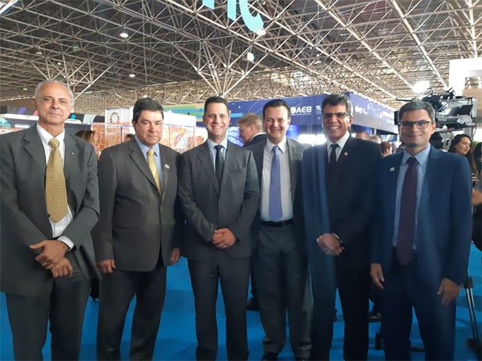 Luiz Fernando Vianna e vice-presidentes da Abipti com o ministro da Ciência, Tecnologia, Inovações e Comunicações, Gilberto Kassab